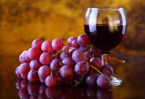 home-wine-juice-grapes-brooklyn-plantology